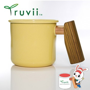 Truvii 奶油黃柚木柄琺瑯杯 400ml